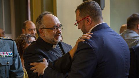 El presidente del Principado, Adrián Barbón y el arzobispo de Oviedo, Jesús Sanz Montes en la Investidura