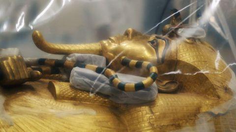 Detalle del sarcófago del faraón niño