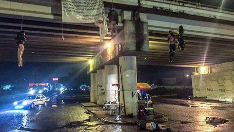 Cuatro cadaveres aparecieron colgados de un puente y dos en el suelo, en Uruapan
