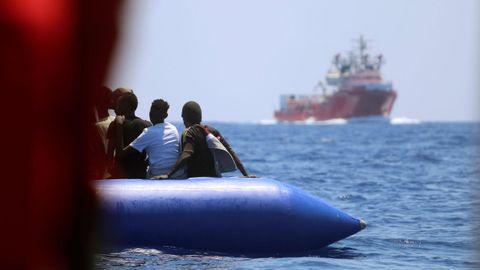 Grupo de 105 inmigrantes rescatado por el Ocean Viking frente a las costas de Libia