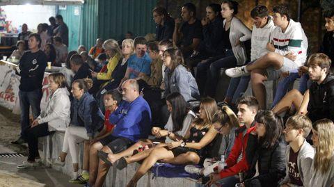 Los partidos fueron presenciados por una media diaria de setecientos espectadores, según los organizadores
