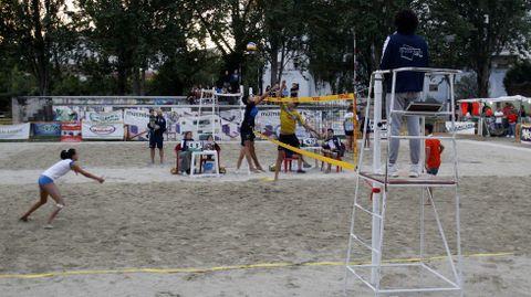 El torneo duró ocho días y se celebró en dos pistas habilitadas en el espacio del Parque dos Condes conocido como el cuadrado
