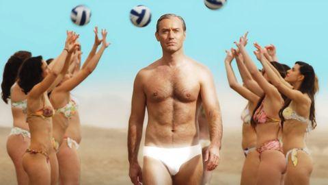 Jude Law, un papa muy sexy en bañador