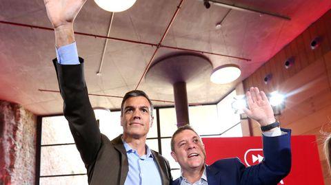 Presidente, «no a cualquier precio». El presidente de Castilla-La Mancha, Emiliano García-Page, se mostró ayer partidario de pactar para formar Gobierno frente a una repetición electoral, pero también expresó que valora la actitud de Sánchez de no pactar para ser presidente «a cualquier precio»