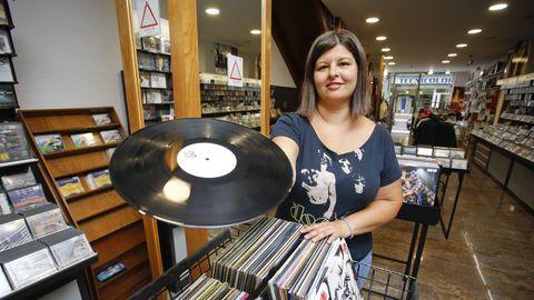 Carla es la gerente de Don Disco, en Lugo