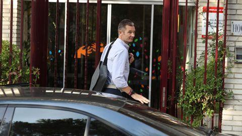 Urdangarin, a su llegada al Hogar Don Oriane de Pozuelo de Alarcón para cumplir su primer día de voluntariado