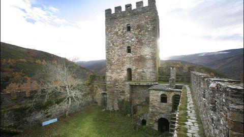 Castillo de Doiras, en Cervantes