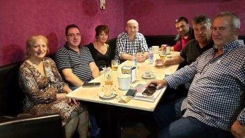 Un momento de la reunión que mantuvieron en Quiroga un grupo de empresarios turísticos gallegos y bercianos del Camino de Invierno