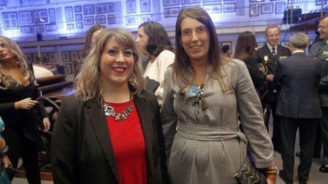 Carmen Santos, diputada del Grupo Común da Esquerda, y María Vilas, de Ciudadanos
