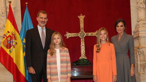La familia real en la catedral de Oviedo