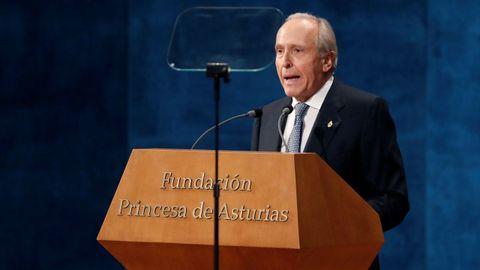 El presidente de la Fundación Princesa de Asturias, Luis Fernández-Vega, interviene en la ceremonia de entrega de los Premios Princesa de Asturias 2019
