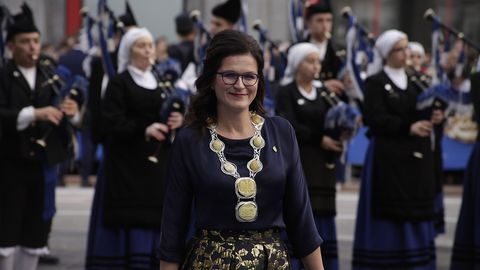 Aleksandra Dulkiewicz, alcaldesa de Gdansk, a su llegada al Teatro Campoamor