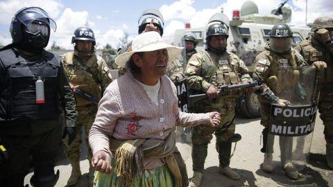 Policías y militares llegaron a Senkata para acabar con el bloqueo de la planta de hidrocarburos