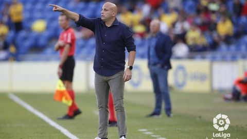 Javi Rozada durante el UD Las Palmas-Real Oviedo