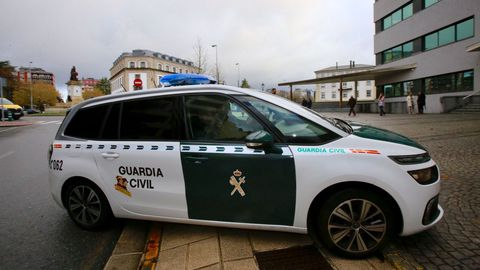 El momento en el que la Guardia Civil trasladaba al acusado a los juzgados de Lugo, en el año 2019
