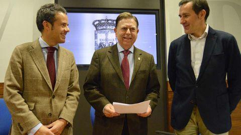 Desde la izquierda, Ignacio Cuesta, Alfredo Canteli y Javier Cuesta