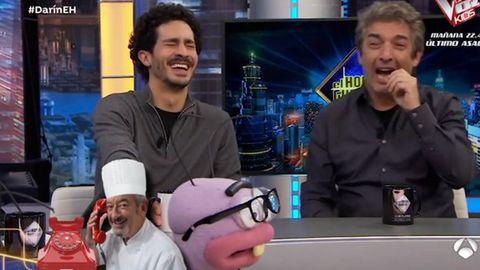 A los actores argentinos Darín, padre (a la derecha) e hijo, les hizo mucha gracia el chiste de Arguiñano. Cabe recordar que «gallego» es la manera coloquial y despreciativa que tienen en Argentina para hablar de «español»