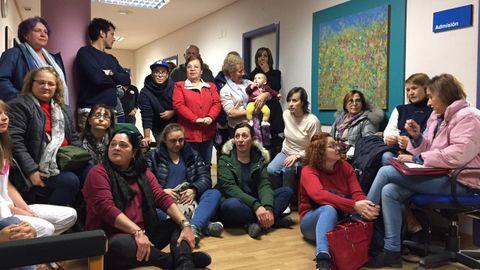 Encierro de vecinos y trabajadores del Hospital de Verín