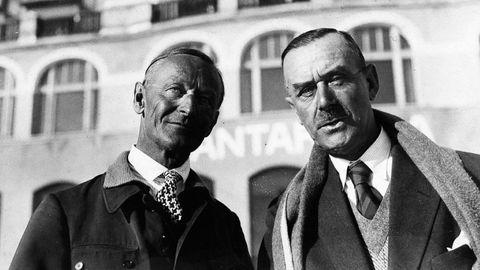 Hermann Hesse y Thomas Mann, en febrero de 1932, retratados en Chantarella, cerca de la localidad suiza de Saint Moritz