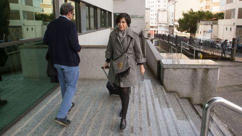Pilar de Lara llegando a los juzgados de Lugo, días después de confirmarse la sancion del CGPJ