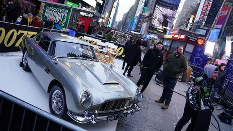 El Aston Martin DB5, uno de los modelos que aparecen en el filme