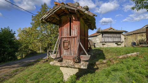 En Diomondi se conserva también un conjunto de hórreos