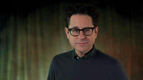 El realizador Abrams posa durante la promoción, en la ciudad californiana de Pasadena, de «Star Wars: El ascenso de Skywalker»