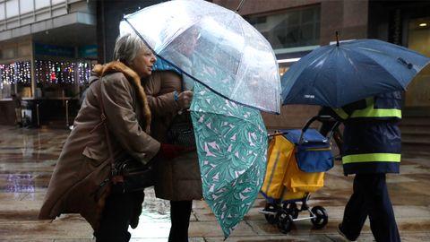 Alerta por viento, lluvia y oleaje por la llegada de Elsa