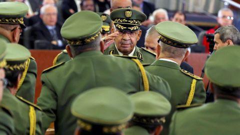 El general Ahmed Gaïd Salah recibió el pasado jueves  la más alta distinción dentro del escalafón castrense