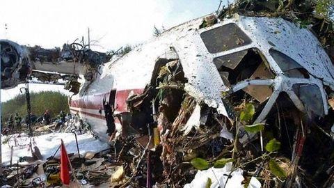 ESTRENADO HACE 51 AÑOS. El Antonov AN-12 fue fabricado en 1968 y acumulaba 12.922 horas de vuelo. El último fue el de Vigo a Lviv