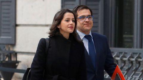 Inés Arrimadas llegando hoy al Congreso de los Diputados