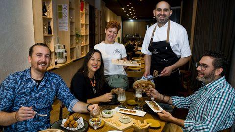 Terreo ocupa el primer puesto dentro de los restaurantes más valorados por los usuarios de TripAdvisor en A Coruña ciudad. A nivel provincial, es el cuarto con más votos positivos
