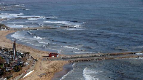 Vista de la playa Nova Icaria