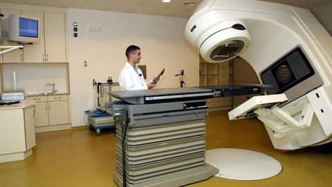 El segundo acelerador lineal del Oncológico fue inaugurado en el 2002, ocho años después del primero