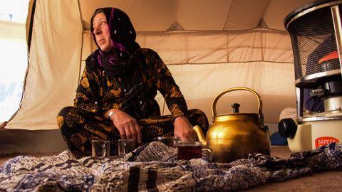 La refugiada Sorya Ahmed, vecina de Ras al Ayn, ha optado refugiarse en el Kurdistán iraquí ante la imposibilidad de regresar a su casa