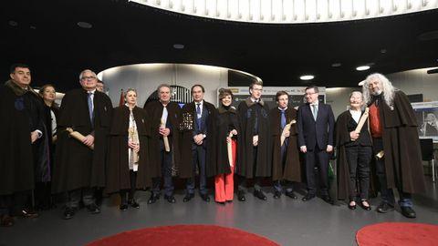 Los participantes en la ceremonia