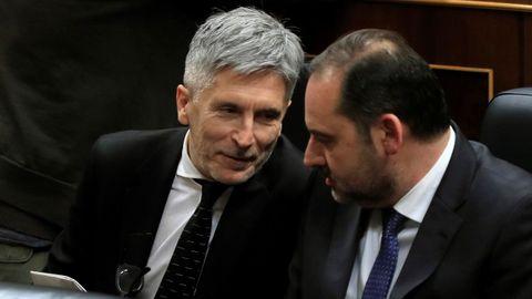 Fernando Grande-Marlaska y José Luis Ábalos, este martes, en el Congreso