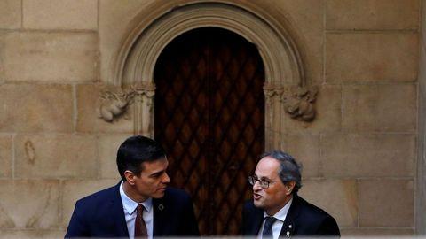 Pedro Sánchez y Quim Torra, en el Palau de la Generalitat, antes de su reunión del 6 de febrero del 2020