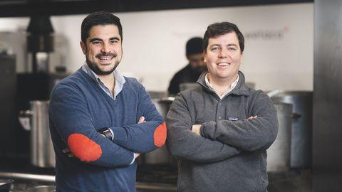 El lucense Efrén Álvarez y el vigués Andrés Casal son los fundadores de Wetaca..