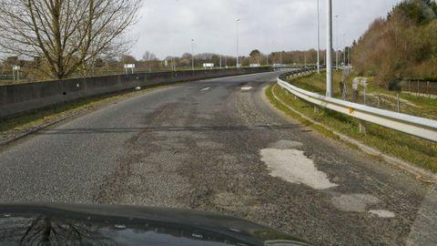 Acceso de la A-6, en sentido A Coruña, desde la carretera de A Fonsagrada
