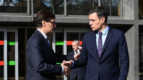 El ministro de Sanidad, Salvador Illa, y el presidente del Gobierno, Pedro Sánchez