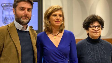 Javier Bosch, Concepción Méndez e Isabel Cortavitarte durante la presentación.