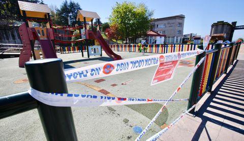 Parque infantil cerrado en Vigo
