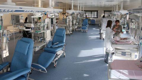 Imagen de archivo de la unidad de neonatología del Cunqueiro