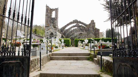 Cementerio de Santa Maríña, de Cambados, vacío
