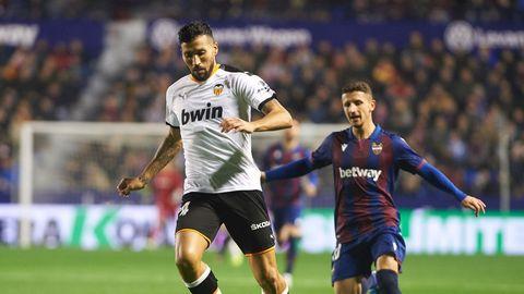 El futbolista del Valencia Ezequiel Garay también está infectado