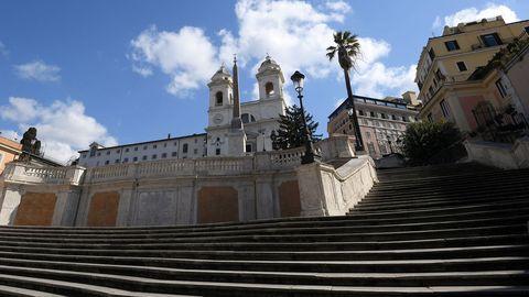 Escaleras de la Plaza de España en Roma.
