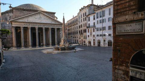 Plaza del Panteón romano.