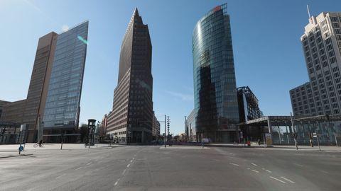 La Postdamer Platz, completamente desierta.