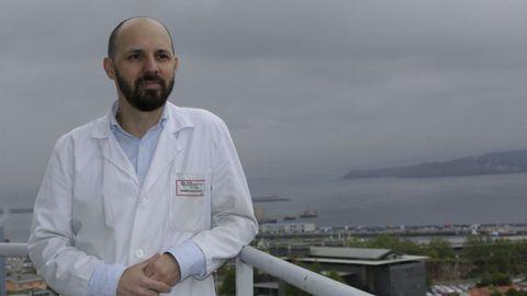 Pedro Marcos, neumólogo en el Chuac